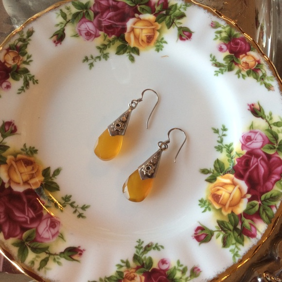 Vintage Jewelry - Amber Citrine Faceted Droplet Earrings